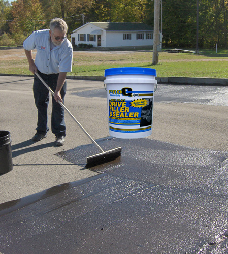 driveway-sealer-application